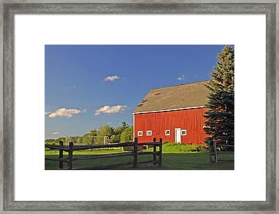 Red Barn 2 Framed Print