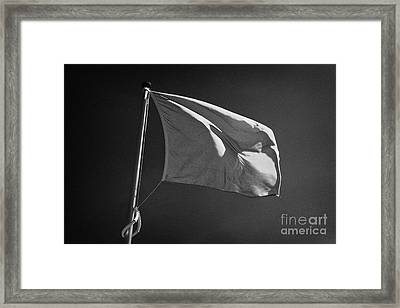 red flag flying marking the hanoverian english line Culloden moor battlefield site highlands scotl Framed Print by Joe Fox