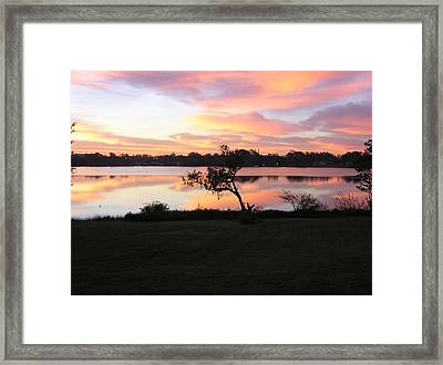 Red Sky In The Morning Framed Print by Lou Belcher