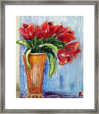 Red Tulips In Vase Mini Sculpture Framed Print
