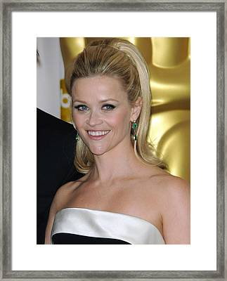 Reese Witherspoon In The Press Room Framed Print by Everett