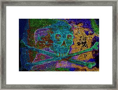 Regal Skull And Crossbones  Framed Print by Warren Clark