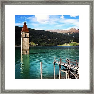 Reshen Lake Framed Print