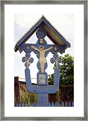 Roadside Crucifix II Framed Print