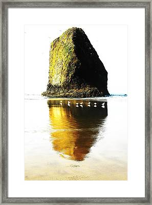 Rock At Silver Point Oregon Framed Print