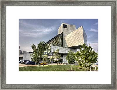 Rocking To Fame Framed Print by David Bearden