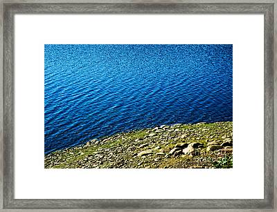 Rocky Shoreline Framed Print by HD Connelly