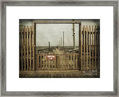 Rodanthe Fishing Pier Sightseeing Sign Framed Print by Anne Kitzman