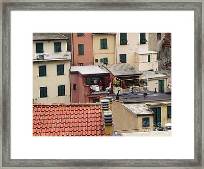 Framed Print featuring the photograph Roof Top Dining by Leslie Hunziker