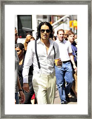 Russell Brand Walks To The Arthur Movie Framed Print