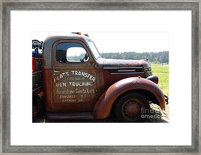 Rusty Old 1935 International Truck . 7d15496 Framed Print by Wingsdomain Art and Photography