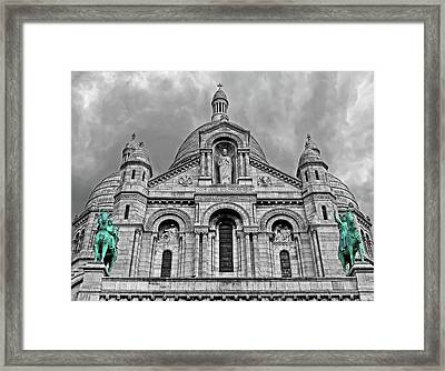Framed Print featuring the photograph Sacre Coeur Montmartre Paris by Dave Mills