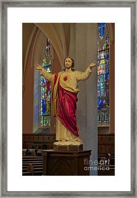 Sacred Heart Of Jesus Framed Print by Susan Candelario