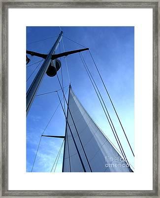 Sailing01 Framed Print