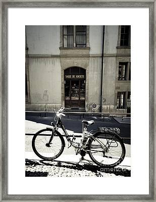 Salle De Societe  Framed Print by RicharD Murphy