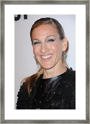Sarah Jessica Parker At A Public Framed Print by Everett