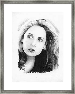 Sarah Michelle Gellar Framed Print