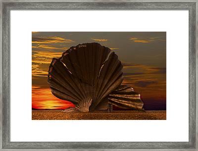 Scallop Sunrise At Aldeburgh Framed Print by Darren Burroughs