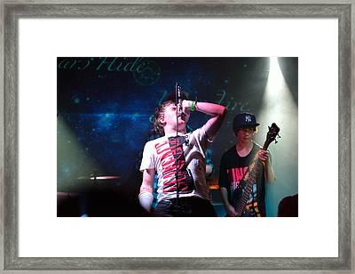 Screamer Framed Print by Ronnie Reffin