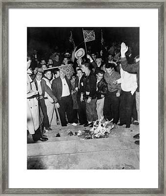 Segregationist Protest. White Students Framed Print by Everett