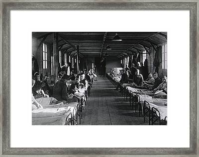 Shell Shocked Soldiers Face The Camera Framed Print by Everett