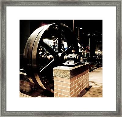 Skinner Unaflow II Framed Print by David Hahn
