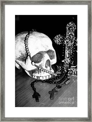 Skull 5 Framed Print