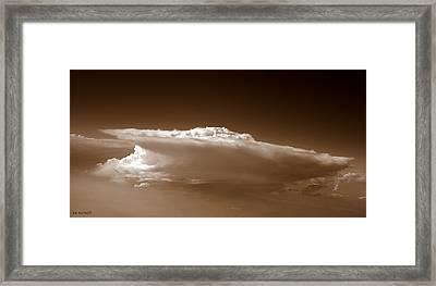 Sky Surfer Framed Print by Ed Smith