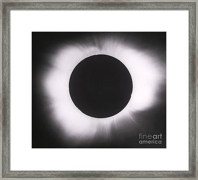 Solar Eclipse With Outer Corona Framed Print by Science Source