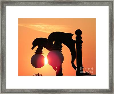 Soulmaties Framed Print by Laurence Oliver