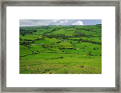 South West From Thorpe Cloud Summit Framed Print by Rod Johnson