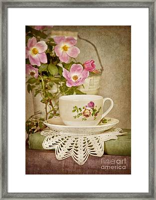 Southern Tea Framed Print by Cheryl Davis