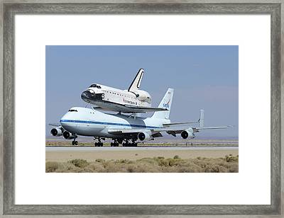 Space Shuttle Endeavour Landing At Edwards Afb September 20 2012 Framed Print by Brian Lockett