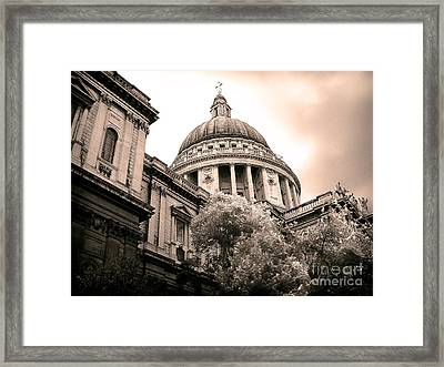 St. Paul's Cathedral Framed Print by Thanh Tran