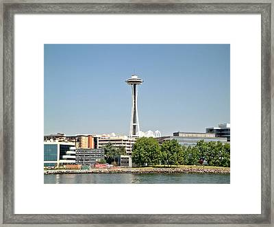 Framed Print featuring the photograph Standing Proud by Rob Green