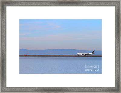 Star Alliance Airlines Jet Airplane At San Francisco International Airport Sfo . 7d12208 Framed Print