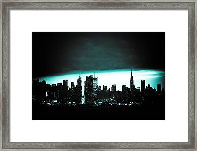Storms Rolling In Framed Print by David Hahn