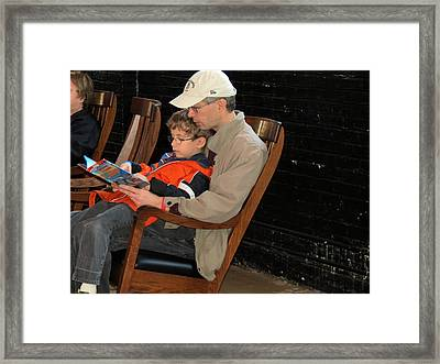Framed Print featuring the photograph Story Time by Darleen Stry