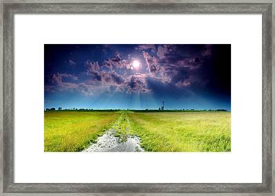 Sun Rays Framed Print by Cale Best