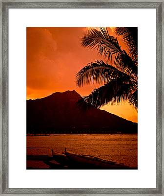 Sunrise At Diamond Head Framed Print