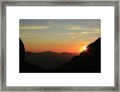 Sunrise On Mt.whitney Framed Print by Suzanne Lorenz