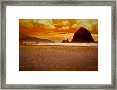 Sunset At Cannon Beach Framed Print by David Patterson