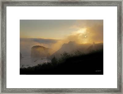 Framed Print featuring the photograph Sunset At Harris Beach by Mick Anderson