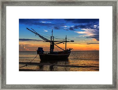 Sunset Fisherman Boat Huahin Thailand Framed Print by Arthit Somsakul