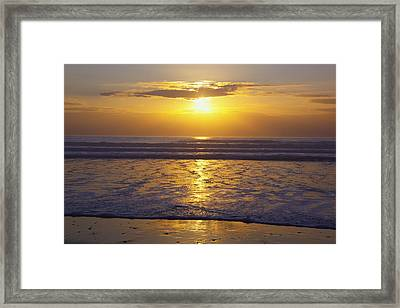 Sunset Over The Pacific Ocean Along The Framed Print