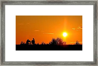 Framed Print featuring the photograph Sunset Picnic by Scott Holmes