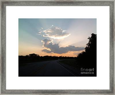 Sunset Rays Framed Print by Susan Williams