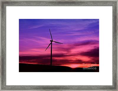 Framed Print featuring the photograph Sunset Windmill by Alyce Taylor
