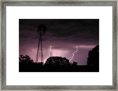 Super Storm Framed Print by Linda Unger