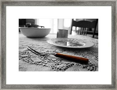 Suppertime Framed Print by Amber Davis